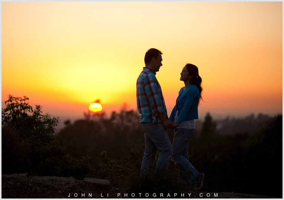 sunset engagement photos in Arcadia mountain